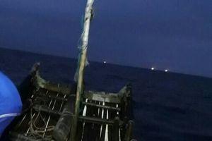 Thanh Hóa: Vợ tử vong, chồng mất tích khi đánh cá ngoài biển