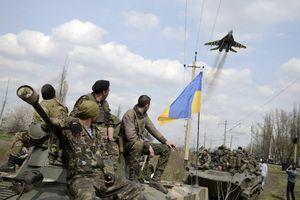 Sau đụng độ trên biển với Nga, Tổng thống Ukraine áp thiết quân luật