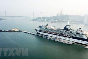 Cảng tàu khách quốc tế Hòn Gai đón chuyến tàu đầu tiên