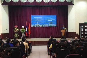 Tuyên dương sinh viên Lào tại Việt Nam có thành tích học tập xuất sắc