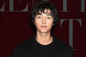 Song Joong Ki gầy gò, kém phong độ tại sự kiện quy tụ dàn sao châu Á
