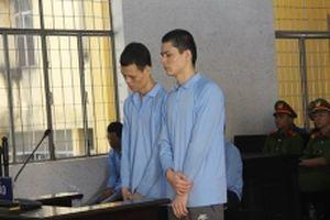 Một vụ án, hai bản án sơ thẩm của Tòa án nhân dân cấp tỉnh đều bị hủy