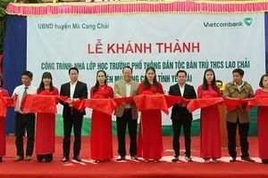 Khánh thành lớp học tại Yên Bái do Vietcombank tài trợ xây dựng