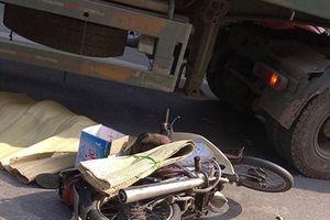 Hà Nội: Nam thanh niên tử vong sau khi va chạm với container