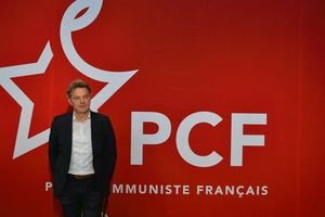 Điện chúc mừng Bí thư toàn quốc Đảng Cộng sản Pháp