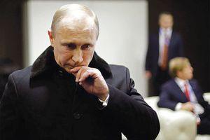 Ukraine rơi vào 'thế cờ khó' của ông Putin trên biển Azov