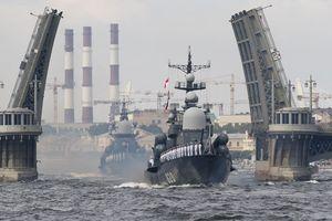 Tên lửa S-400 chuẩn bị trực chiến ở Crimea