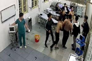Lao vào Khoa Cấp cứu đánh bệnh nhân, đập phá tài sản bệnh viện