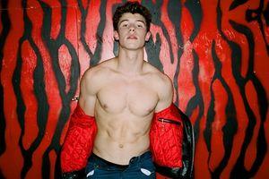 Tin đồn đồng tính bủa vây: Đây là cách Shawn Mendes đón nhận mọi chuyện…