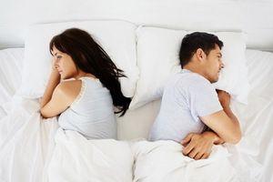 Gật đầu cho chồng lăng nhăng vì sợ cái bị… 'cuồng yêu'