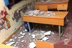 Sập trần lớp học ở Hải Phòng, 3 học sinh tiểu học nhập viện cấp cứu