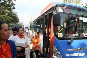 Lắp camera, loa cảnh báo trên 26 xe buýt chặn quấy rối tình dục ở TP.HCM