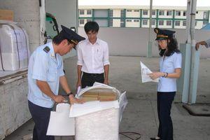 Hải quan phát hiện hơn 1.000 vụ vi phạm mỗi tháng