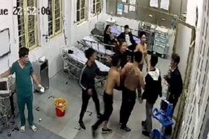 Hà Nam: Mâu thuẫn ở quán hát, nạn nhân bị truy sát đến tận bệnh viện