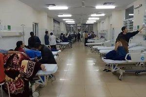 Hơn 60 người nhập viện sau khi ăn bánh mỳ tại cùng 1 quán ven đường ở Đắk Lắk