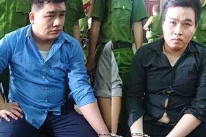Kẻ sát hại 2 hiệp sĩ đường phố ở Sài Gòn bình tĩnh tại tòa