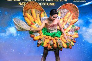 Váy Bánh mì của hoa hậu H'Hen Niê được chỉnh sửa