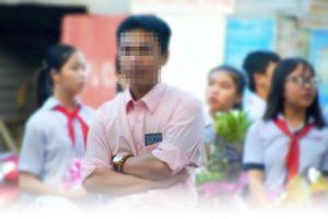 Khôi phục quyền lợi cho thầy giáo bị kỷ luật oan do 'tặng quà'