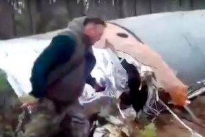 2 thợ săn Nga bất ngờ chạm trán tên lửa kỳ lạ
