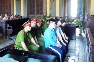 TP Hồ Chí Minh: Tử hình kẻ trực tiếp cầm dao đâm 5 'Hiệp sĩ' khiến 2 người chết