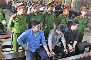 Tuyên tử hình kẻ đâm chết 2 'hiệp sĩ' đường phố Tân Bình