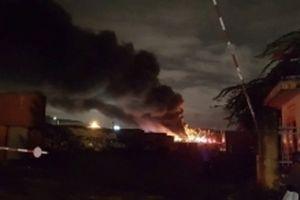 Cháy lớn tại khu công nghiệp Hòa Cẩm, TP Đà Nẵng