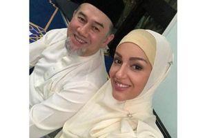 Đám cưới bí mật của vua Malaysia