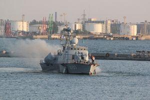 Sự thật gây sốc tàu chiến 'độc nhất vô nhị' của Ukraine
