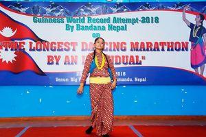Múa suốt 126 giờ, nữ sinh Nepal phá vỡ kỷ lục Guinness thế giới
