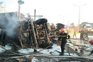 Khởi tố vụ xe bồn chở xăng lật gây cháy làm 6 người chết