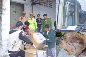 Thu giữ 2,5 tấn nội tạng động vật chở lậu trên xe khách biển số Lào