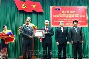 Thừa Thiên – Huế đón nhận Huân chương Lao động hạng Nhất của Lào