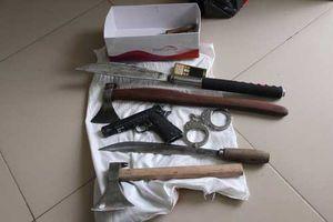 Tây Ninh: Thủ nhiều vũ khí trong nhà để... phòng thân