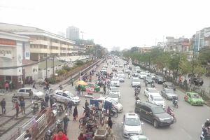 Kiểm soát ô nhiễm không khí tại Hà Nội: Quan trọng là ý thức người dân