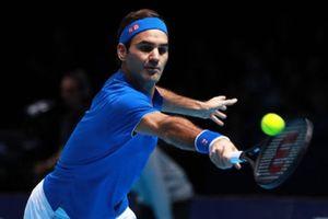 HLV của Djokovic ngả mũ thán phục Federer