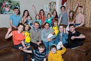 Cuộc sống thường ngày của gia đình đông con nhất nước Anh
