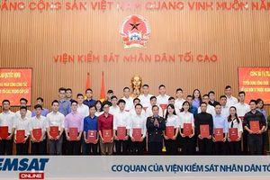 43 sinh viên Khóa I Đại học Kiểm sát được tuyển dụng vào làm tại VKSND tối cao và VKSND cấp cao 1