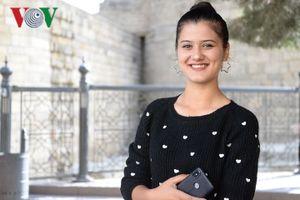 Vẻ đẹp cuốn hút đặc trưng của phụ nữ Azerbaijan thời hiện đại