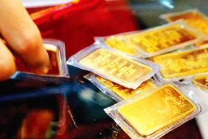 Giá vàng tiếp tục tăng, bất chấp FED có tăng lãi suất?