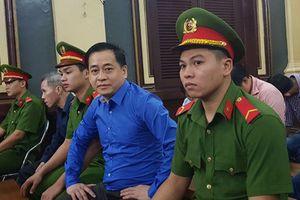 Vũ 'nhôm': 'Anh Bình từng cho bị cáo mượn hàng triệu USD'