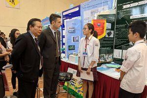 Học sinh Hà Nội hào hứng với cuộc thi 'Khoa học tạo ra sự đổi mới'