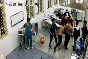 Vụ côn đồ lao vào phòng cấp cứu hành hung bệnh nhân: Khởi tố vụ án hình sự