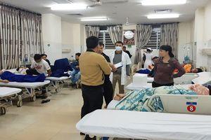 Vụ ngộ độc sau khi ăn bánh mì vỉa hè: Số người nhập viện đã lên đến 200 người