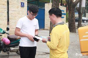 VNPost 'tung' 200 bưu tá chuyển phát nhanh vé xem trận Việt Nam-Philippines