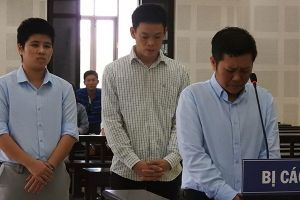 Cặp đôi đồng tính nữ cưỡng đoạt tiền người Hàn Quốc lãnh án