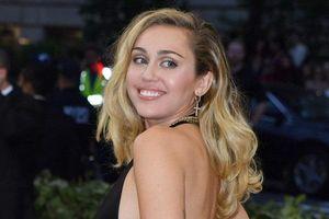 Miley Cyrus nhắc fan Việt Nam trước giờ ra mắt bài hát mới