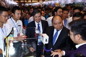 Thủ tướng Nguyễn Xuân Phúc: Khởi nghiệp với tinh thần không sợ hãi