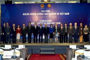 Việt Nam và ASEAN trước thách thức và cơ hội