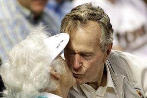 73 năm mặn nồng của vợ chồng cựu Tổng thống George H.W. Bush