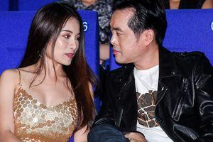 Dương Khắc Linh và bạn gái hot girl tình cảm đến chúc mừng Trọng Hiếu